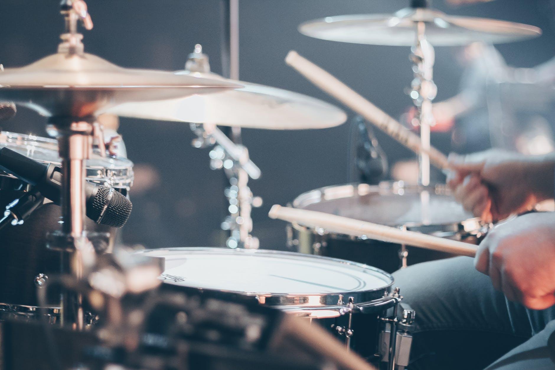ドラムの音