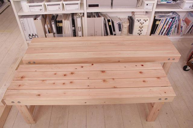 ベッドフレームで作ったベンチ